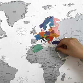 Стирающаяся карта мира