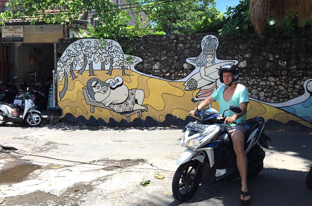 Стритарт на Бали, школа серфинга Endless Summer