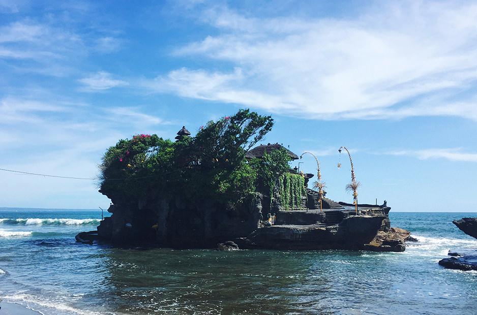 Храм Tanah Loh, Бали, Индонезия