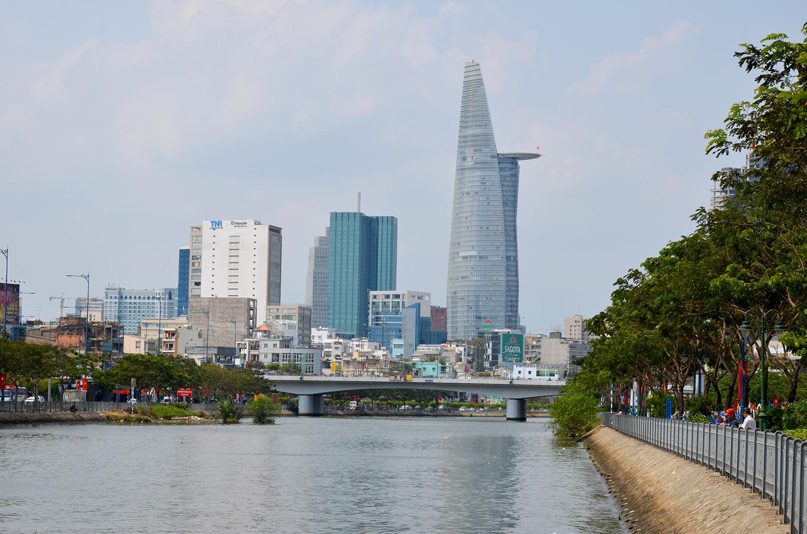 Финансовое здание Bitexco, Вьетнам