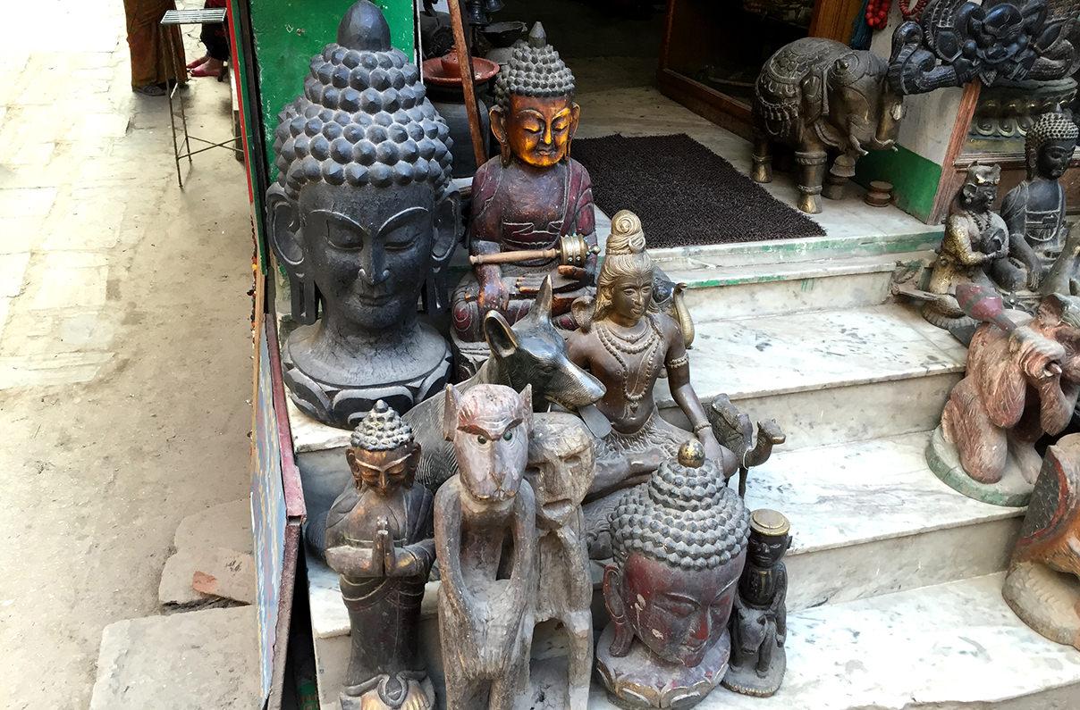 Металлические статуэтки из Непала