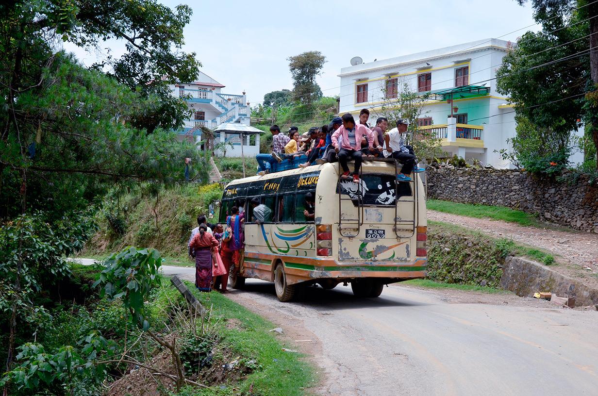 Система перевозок в Непале