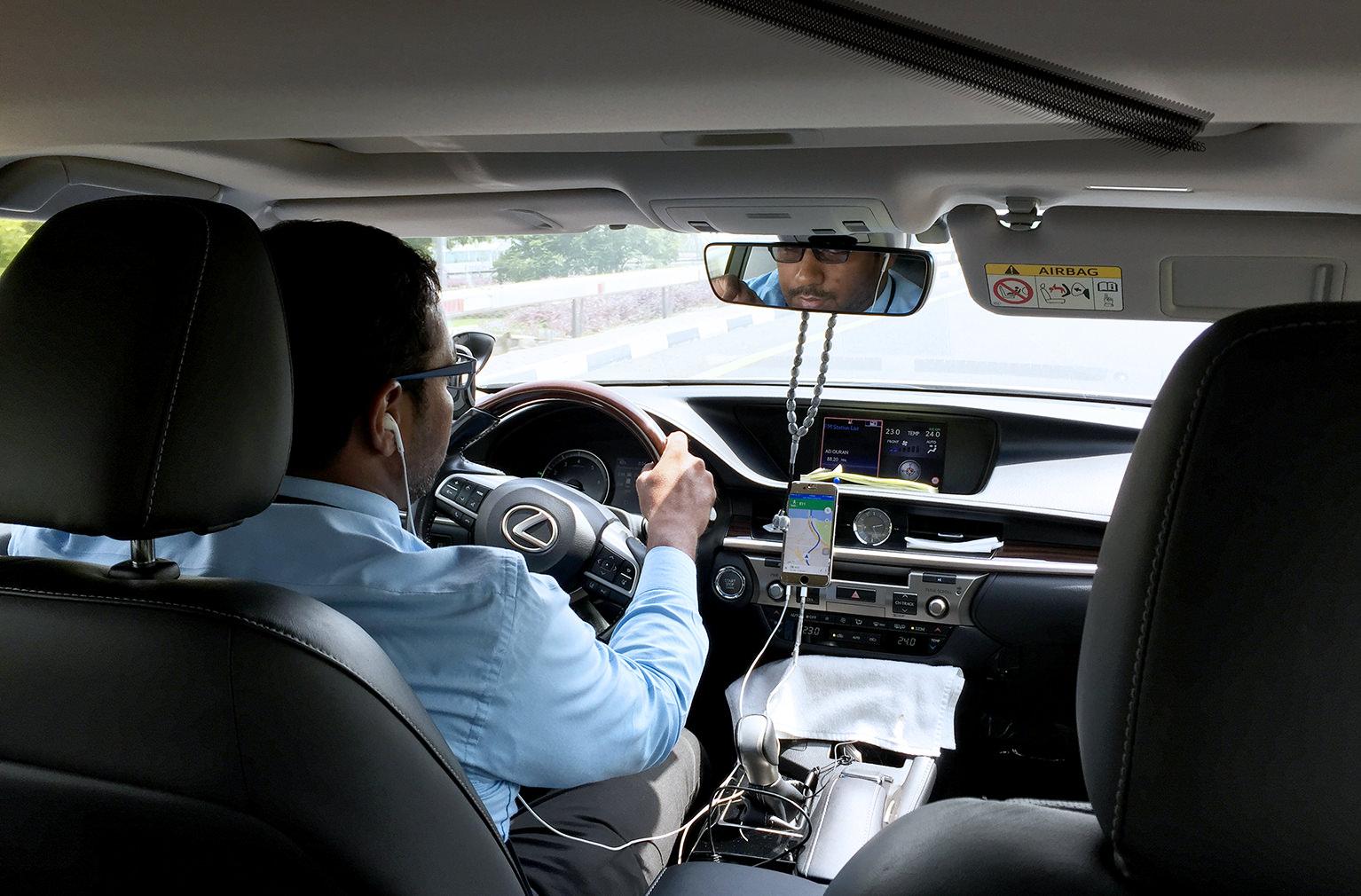 Обычный Uber в Дубаи