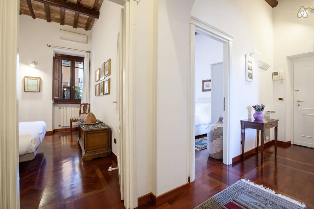 Общий вид на квартиру с каридора
