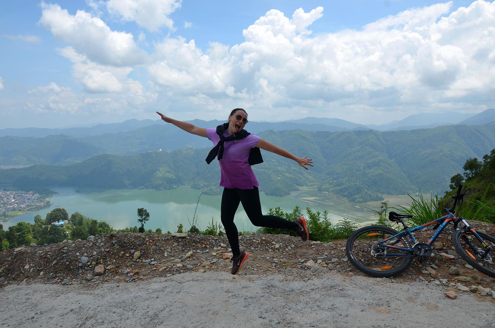 Озеро Фева, Непал. Велотрек на Сарангкот