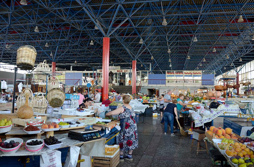 Ереванский продуктовый рынок