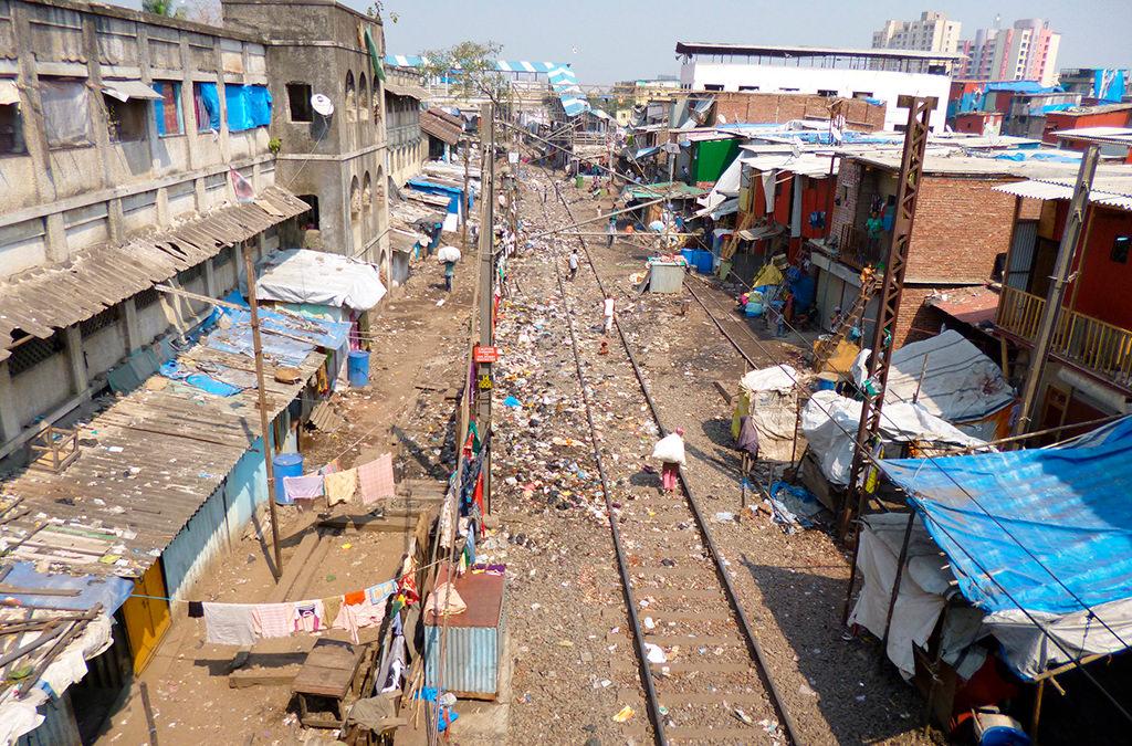 Индийские трущобы Дхарави в Мумбаи