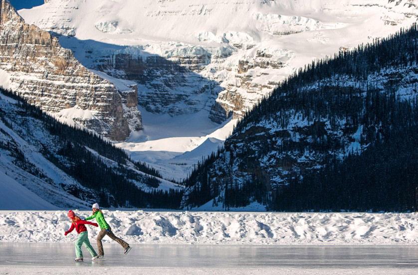 10 самых красивых в мире ледовых катков