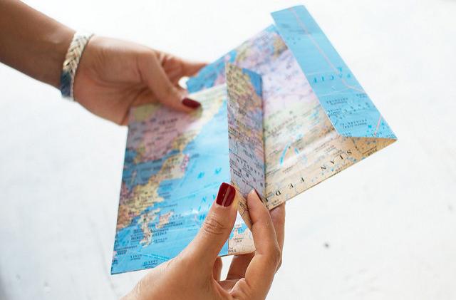 10 способов использовать старые карты мира