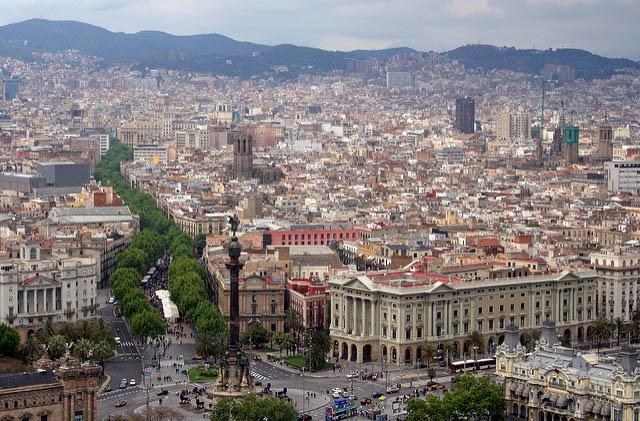 Барселона увеличила туристический налог