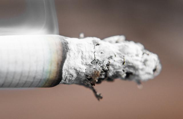 В Черногории с ресторанов будут брать налог за курящих