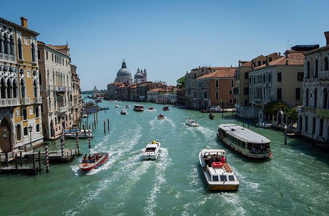Власти Венеции ограничат количество туристов