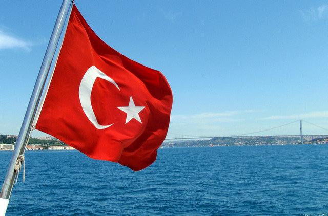 Турция утвердила въезд по ID-картам для украинцев