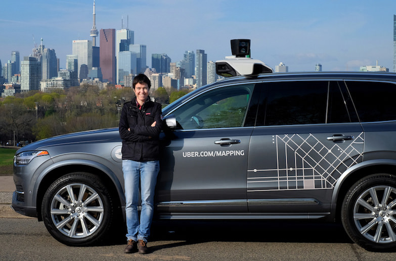 В Канаде Uber сделают общественным транспортом