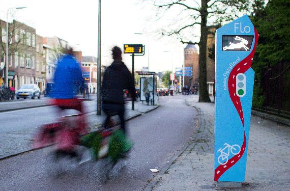 В Нидерландах установили умный светофор для велосипедистов