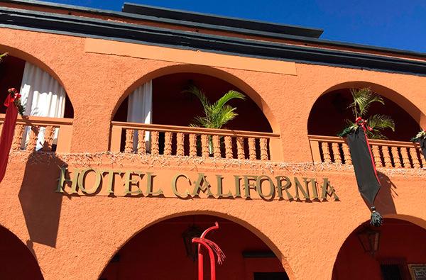Группа Eagles судится за Hotel California