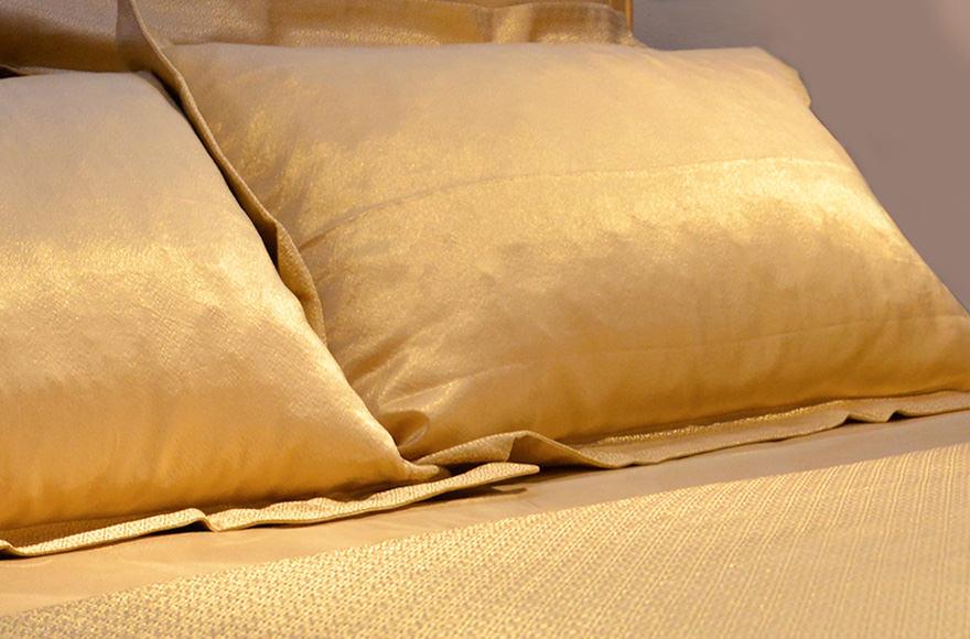 Итальянская гостиница предлагает постояльцам простыни из золота