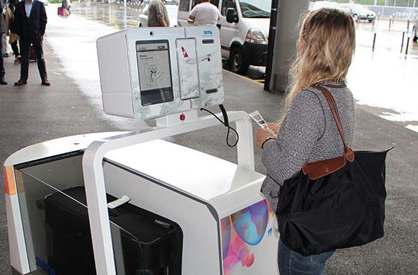 Созданы роботы, ускоряющие регистрацию в аэропорту