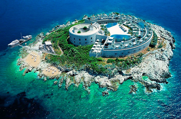 В Черногории построят второй островной отель