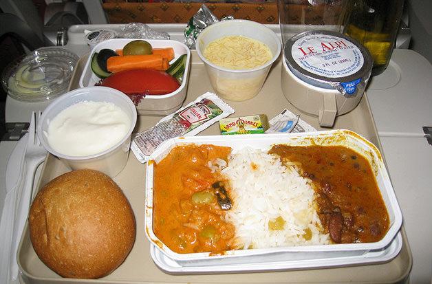Авиакомпания Air India перешла на вегетарианское меню