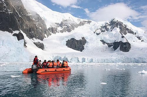 Британский туроператор предлагает путешествия в Антарктику