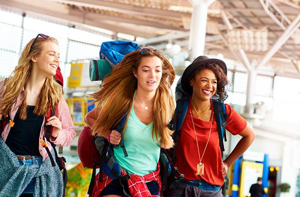 Названы самые неприятные типы путешественников