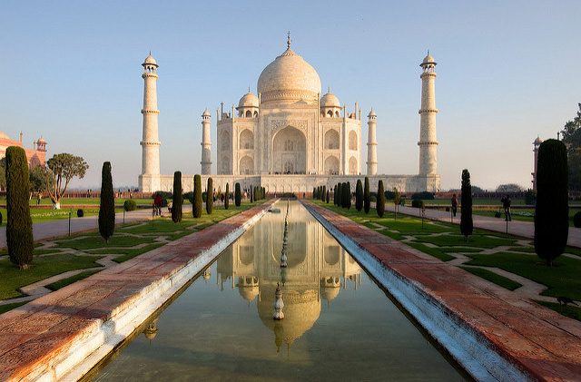 Определена дата окончания реставрации индийского Тадж-Махала
