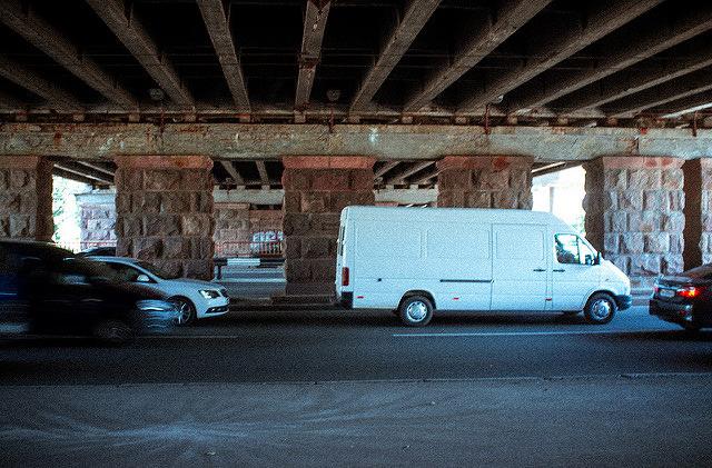 В Украине обновили стандарты дорожного движения