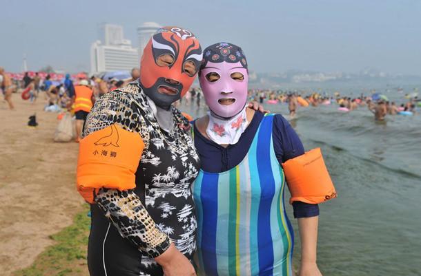 На пляжах Китая набирают популярность фейскини