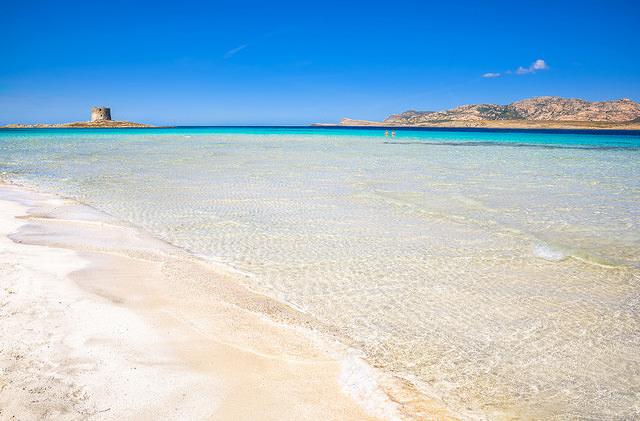 На Сардинии штрафуют до 3000 евро за вывоз песка с местных пляжей
