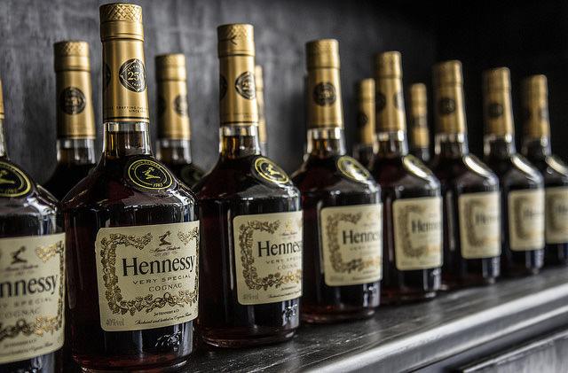 Ryanair призывает аэропорты установить лимит на алкоголь