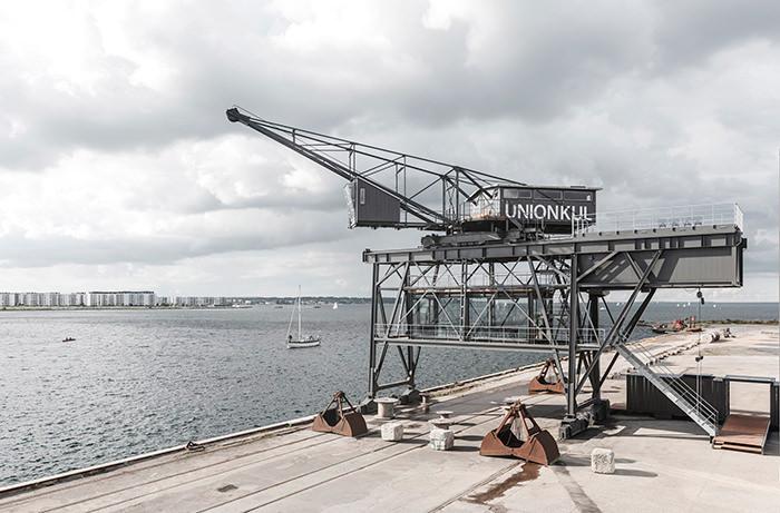 В Дании открыли отель в кабине грузового крана