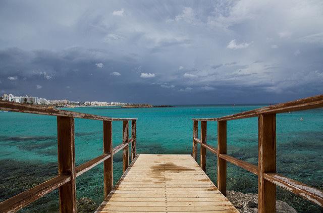 Кипр заработал на продаже европейских паспортов 4 млрд. евро