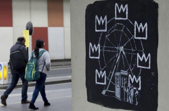 Улицы Лондона украсили две новые работы Banksy
