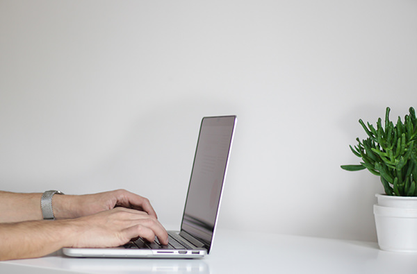 В британских школах появится курс противостояния троллям в интернете