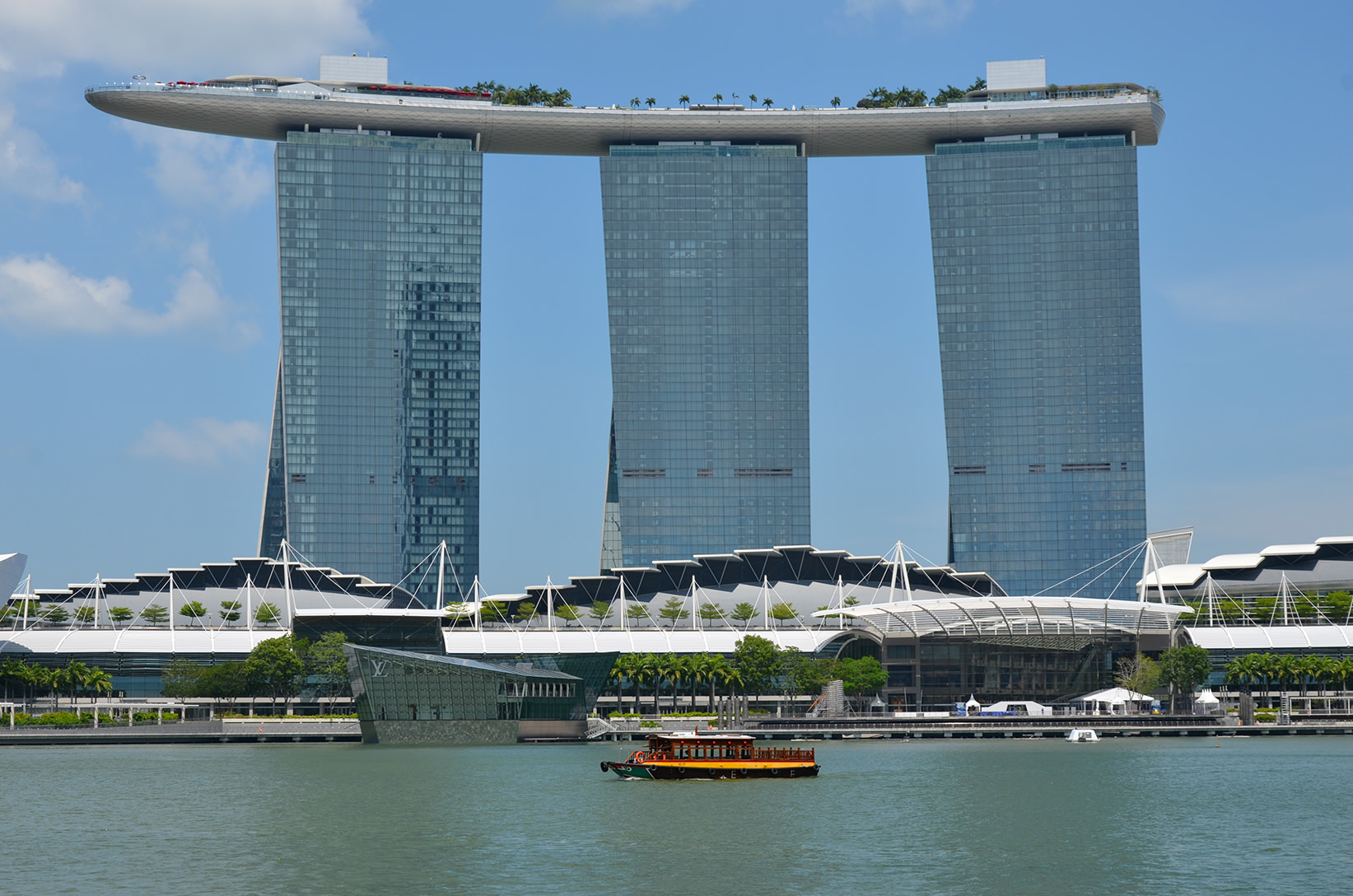 Куда сбежать от зимы: топ-10 направлений. Сингапур