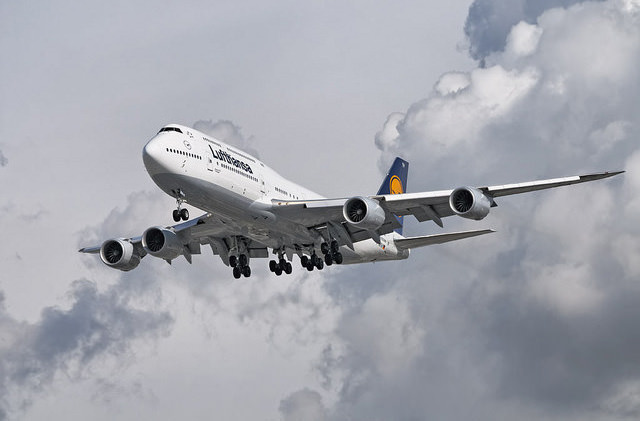 Lufthansa собирается купить Alitalia