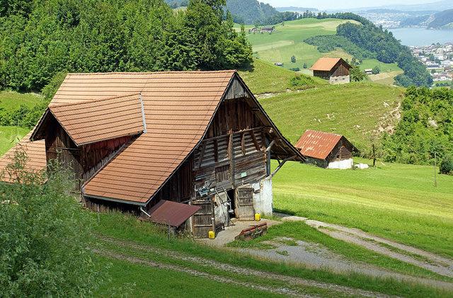 В Швейцарии предлагают переехать в деревню за 60 тысяч евро