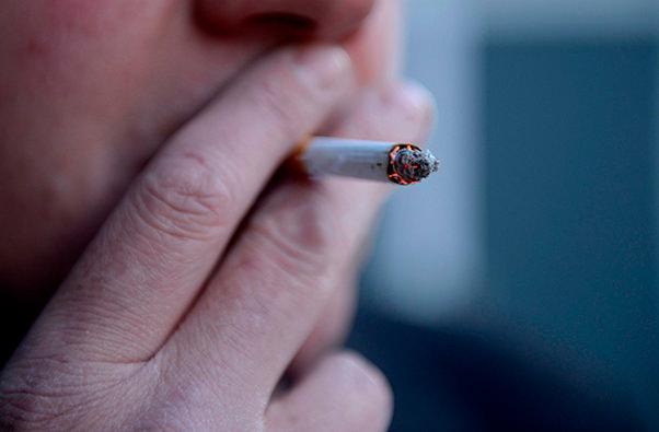 Японская компания придумала способ мотивации для курильщиков