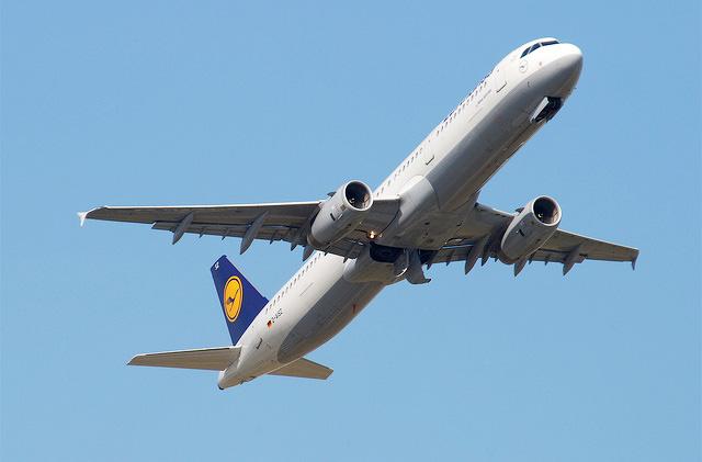 В аэропорту Брюсселя появился сканер для самолетов