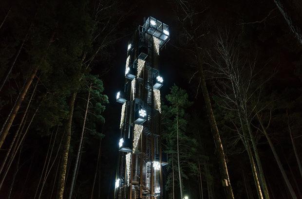 В Юрмале открыли рождественский парк света