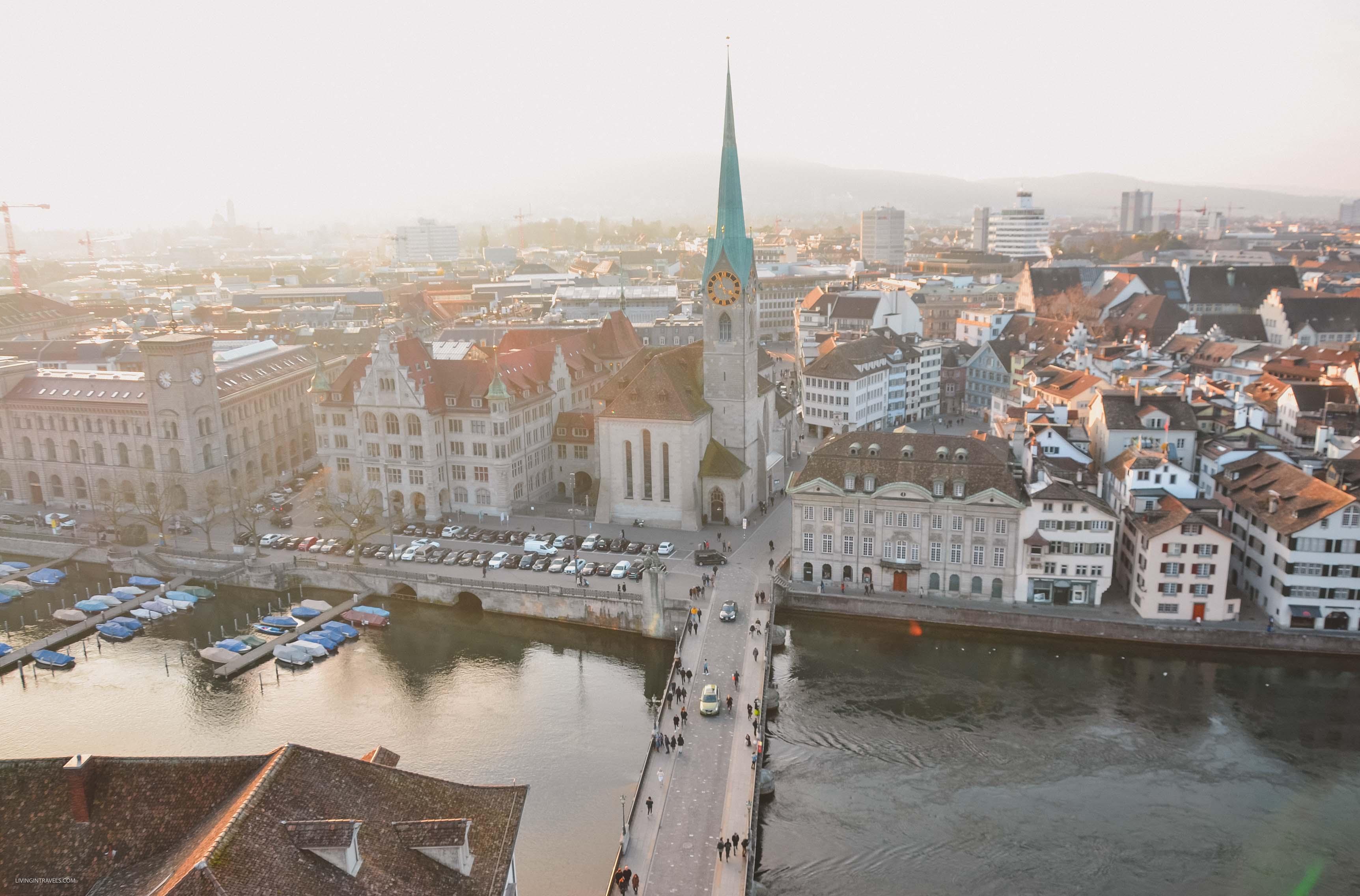 Вид на город с башни церкви Гроссмюнстер. Швейцария: Цюрих и окрестности за 48 часов