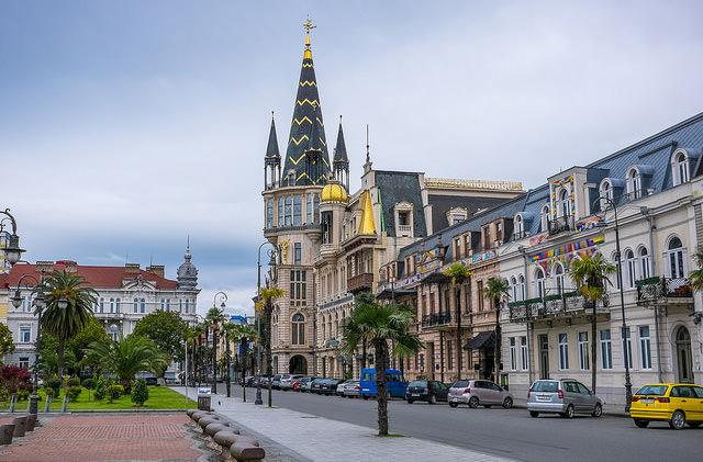 Yanair начал продажу билетов на прямые рейсы из Львова в Батуми