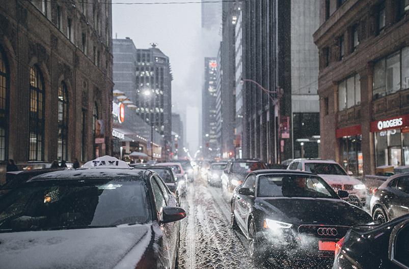 Названы города с самыми долгими дорожными пробками