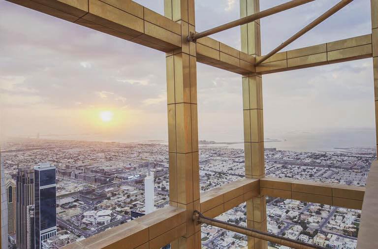 Самый высокий отель в мире открылся в Дубае