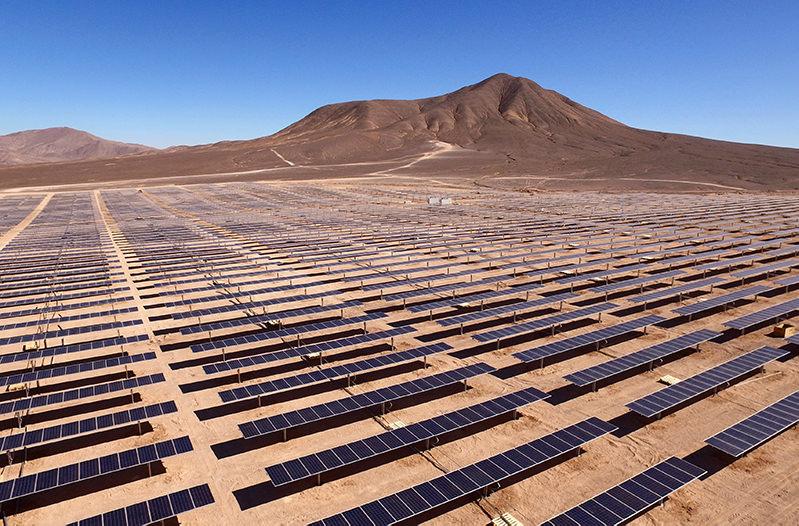Саудовская Аравия построит самую большую солнечную ферму