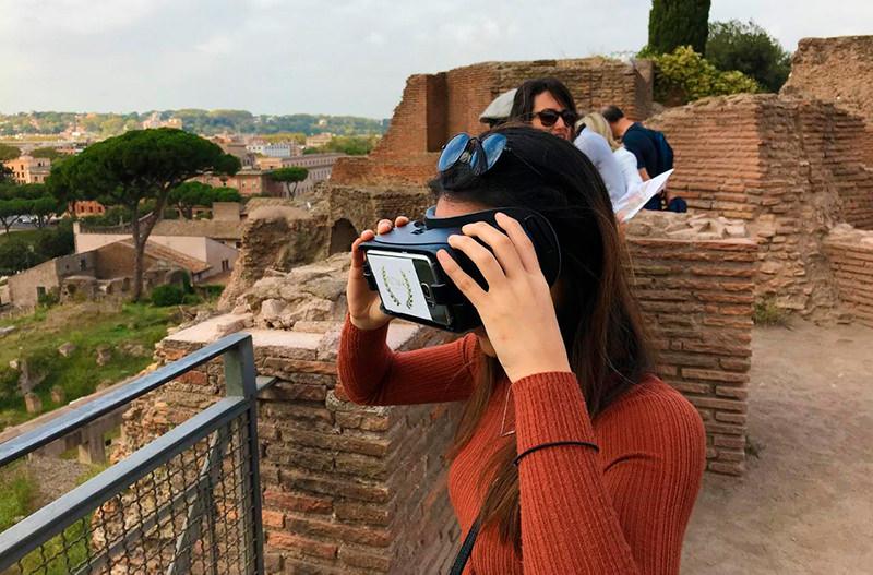 В Риме проводят виртуальные туры в прошлое