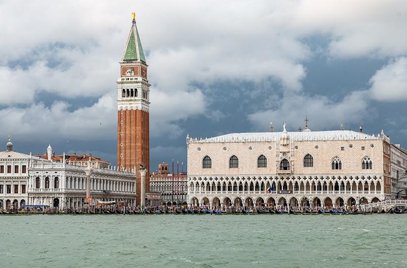 В Венеции хотят ввести налог с однодневных туристов