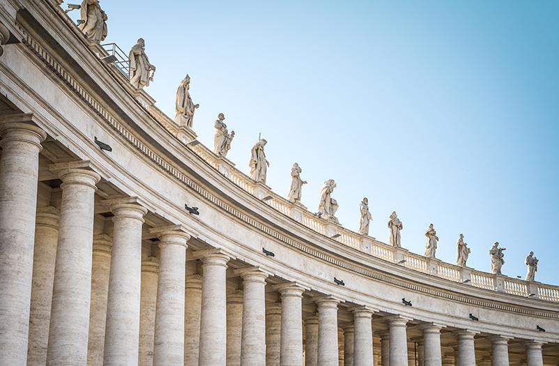 Ватикан проводит утренние туры во время открытия