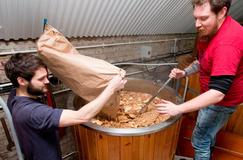 Британская компания варит пиво из отходов